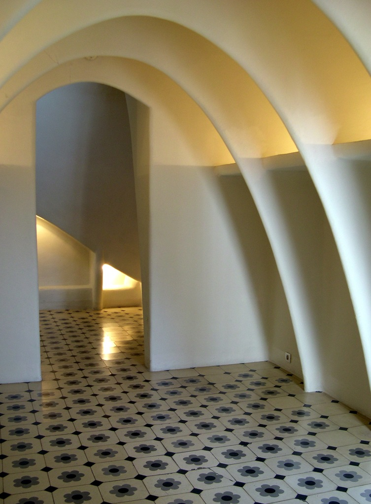 The Attic at Casa Batllo, Barcelona. (c) Daniel Wright, 2007.