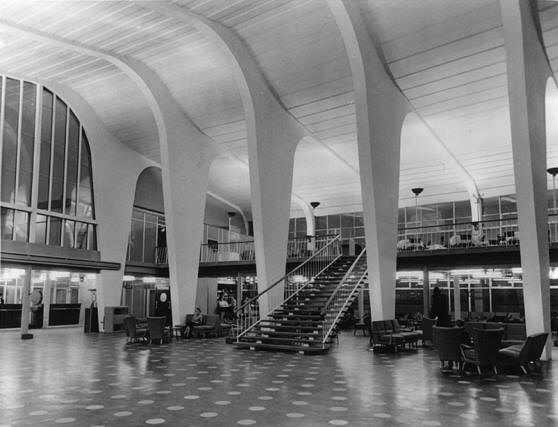 Inside the terminal building. From Renfrew Aviation, by James Reilly, on www.myrenfrew.com, where there are other pictures of the terminal building, both inside and out.