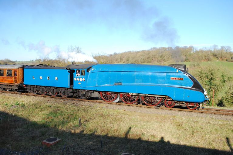 "A4 Class ""Bittern"" on the Severn Valley Railway. By Hugh Llewelyn from Bristol, UK (4464Uploaded by Oxyman) [CC-BY-SA-2.0], via Wikimedia Commons"