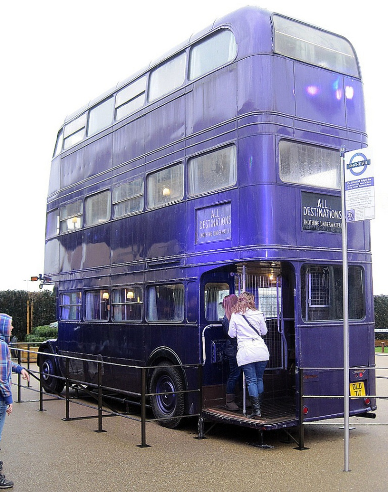 The Knight Bus from the Harry Potter Films, at The Harry Potter Experience, UK. By xxx [CC-BY-SA 2.0] via Flickr