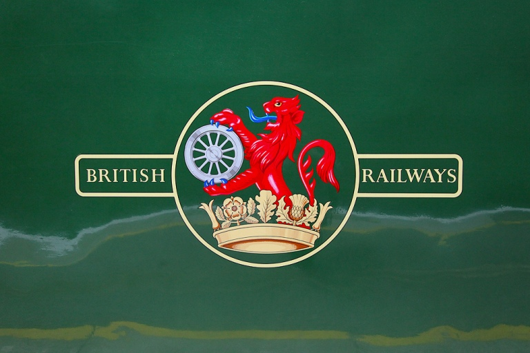 The British Railways crest. By Michael Garnet [CC BY-2.0] via this flickr page
