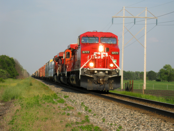 Canadian Pacific's locomotive 9777 played the part of 777 in Unstoppable. Photo by Eric Jacobi [CC BY.2/0] via this flickr page
