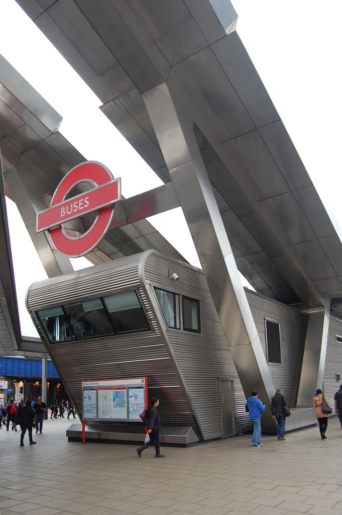 Vauxhall Bus Station (April 2014). Photo by Daniel Wright [CC BY-NC-ND 2.0] via this flickr set