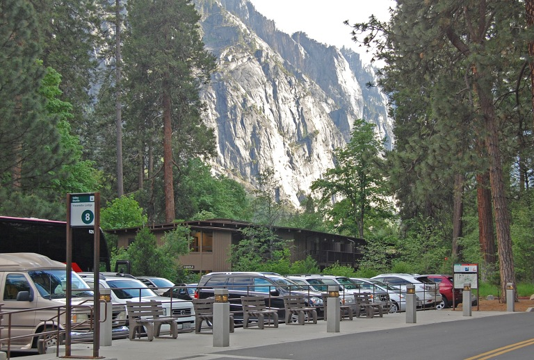 Yosemite Lodge bus stop, Yosemite National Park (May 2014). By Daniel Wright [CC BY-NC-ND 2.0] via this flickr set.