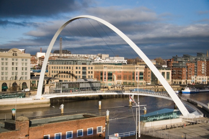 The Gateshead Millennium Bridge, spanning the River Tyne [CC BY 2.0] via this flickr page
