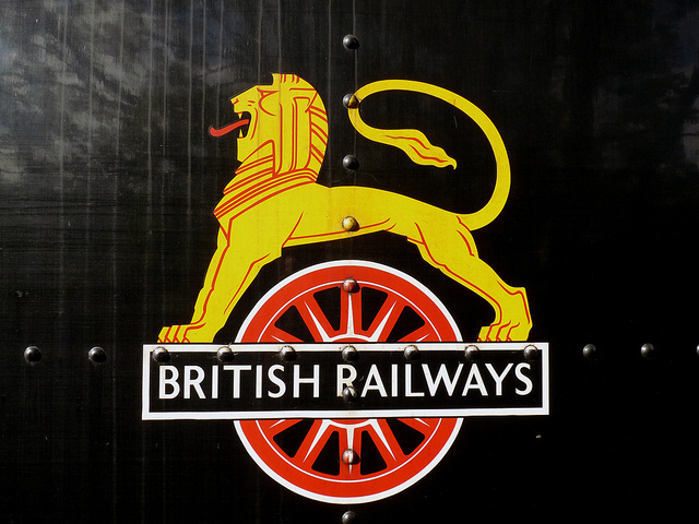The British Railways lion on wheel emblem, designed by Abram Games. Photo by Nottsexminer [CC BY 2.0] via this flickr page