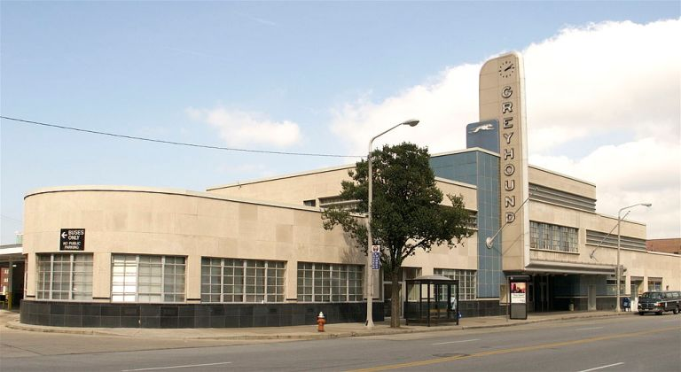 Cleveland Greyhound terminal. Photo by Colin Rose (Flickr) [CC BY 2.0], via Wikimedia Commons