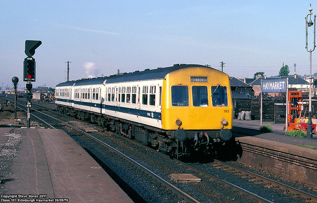 A refurbished diesel train in 1978 at Edinburgh Haymarket. Photo by Steve Jones [CC BY 2.0] via this flickr page