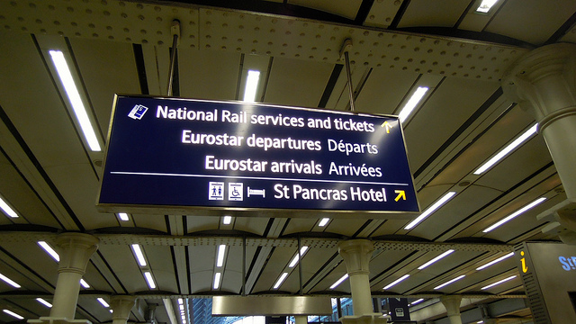 Signage at St Pancras, using Barlow typeface. Photo by David McKelvey [CC BY-NC-ND 2.0] via this flickr page