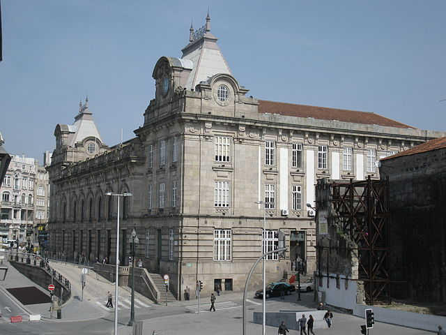 By rilo 2006 (Portugal) [CC BY 2.0], via Wikimedia Commons