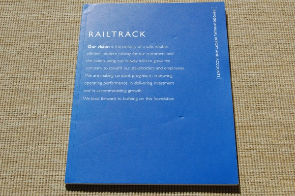 Railtrack 1999-2000 Annual Report
