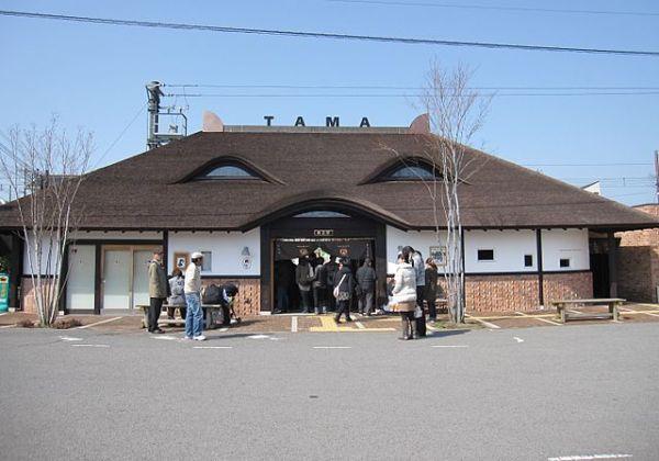 Kishi Station. Photo by By KishujiRapid (Own work) [CC BY-SA 4.0], via Wikimedia Commons