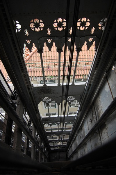 Lift shaft, Elevador de Santa Justa, Lisbon. Photo by Daniel Wright [CC BY-NC-ND 2.0] via this flickr album