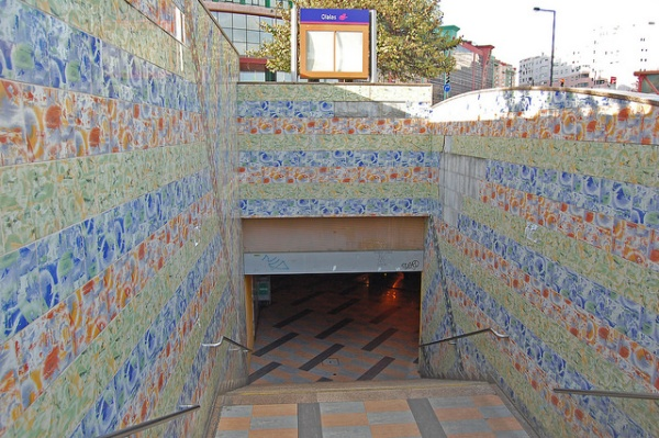 Station entrance, Olaias metro station, Lisbon. Photo by Daniel Wright [CC BY-NC-ND 2.0] via this flickr album