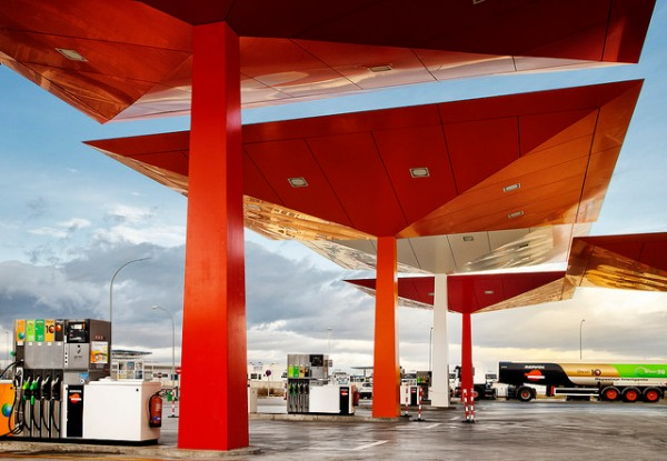 Repsol filling station. Photo by Repsol [CC BY 2.0] via this flickr album