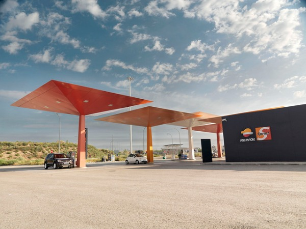 Repsol filling station. Photo by Repsol [CC BY-NC-SA 2.0] via this flickr album