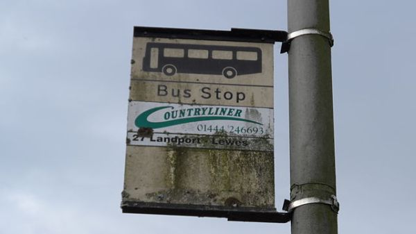 Bus stop on Offham Road, Lewes. Photo by Editor5807 (Own work) [GFDL or CC BY 3.0], via Wikimedia Commons