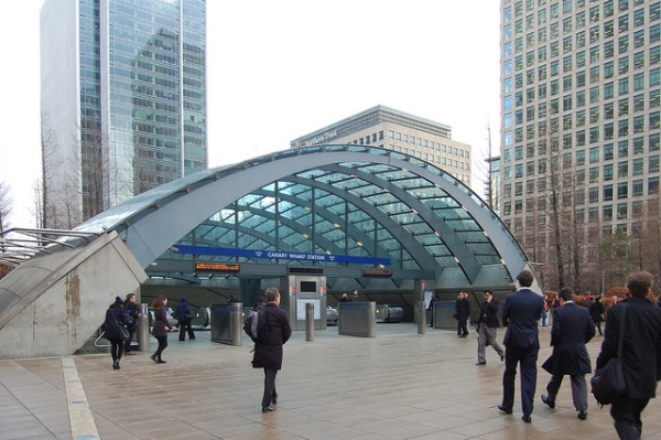 Canary Wharf station, western entrance. Photo by Daniel Wright [CC BY-NC-ND 2.0] via this flickr album