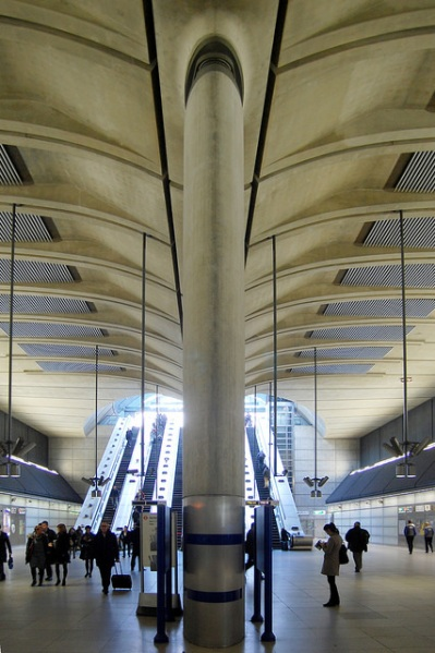 Canary Wharf station. Photo by Daniel Wright [CC BY-NC-ND 2.0] via this flickr album