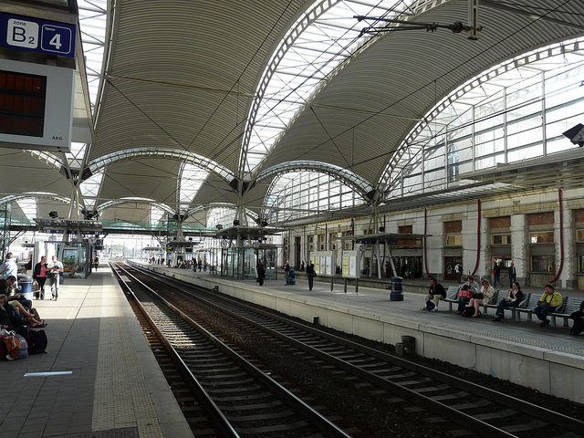 Leuven station. Photo by Dariusz Sieczkowski [CC BY 2.0] via this flickr page