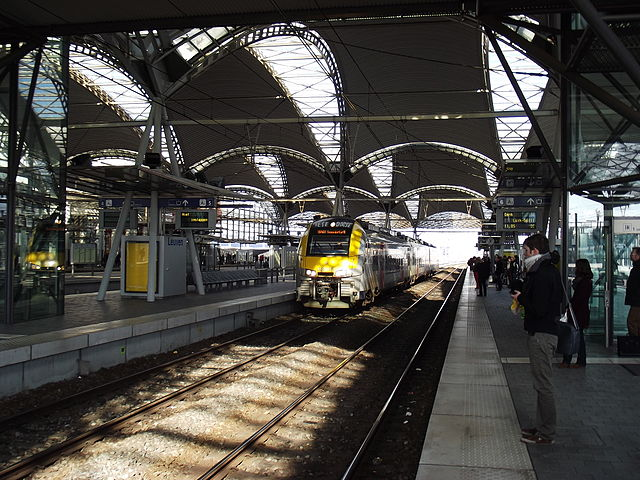 Leuven station. By Smiley.toerist (Own work) [CC BY-SA 3.0], via Wikimedia Commons