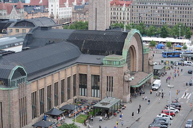 Helsinki Central station. By Ralf Roletschek (talk) - Fahrradtechnik auf fahrradmonteur.de (Own work) [FAL or GFDL 1.2], via Wikimedia Commons