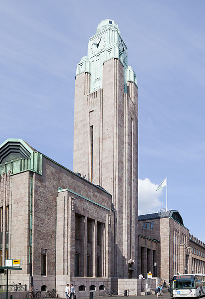 Helsinki Central's impressive clock tower. Photo by Diego Delso [CC BY-SA 3.0], via Wikimedia Commons