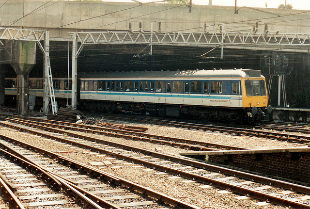 Regional Railways Class 117 at Birmingham New Street in 1991, looking rather smart in its new colours. Photo by Daniel Wright [CC BY-NC-ND 2.0] via this flickr page