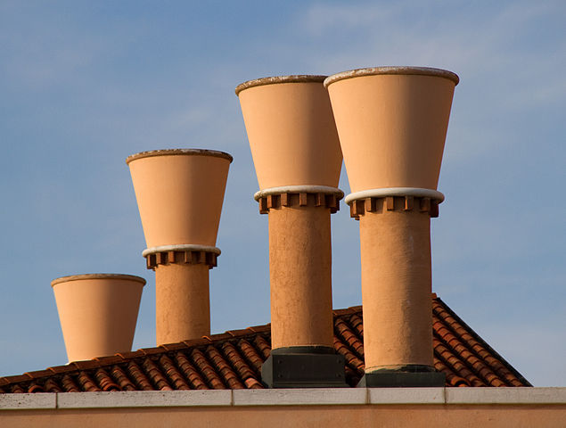 635px-venice_four_chimneys_7251716628