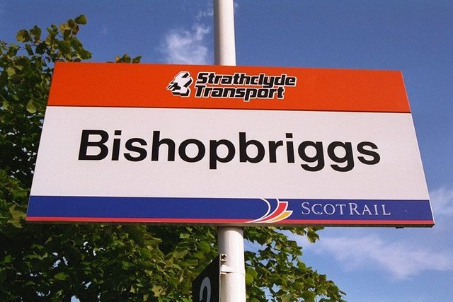 station_signage_-_geograph-org-uk_-_310769